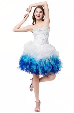 белый синий