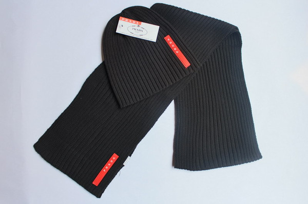 2 pezzi / set 1 berretti + 1 sciarpa autunno inverno PR donne uomini berretti lettera patch uomini sciarpa nero grigio bianco blu uomini berretti
