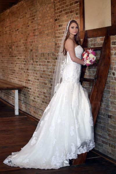 New Hight Quality Best Sale Cheap Romantic Chapel White Ivory Lace Applique veil Bridal Head Pieces For Wedding Dresses