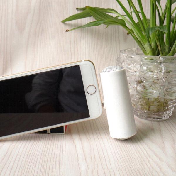 New Hot 3.5mm Portable Speaker Stereo Mini Speaker MP3 Player Amplifier Loudspeaker For Mobile Phone Tablet Free Shipping 58