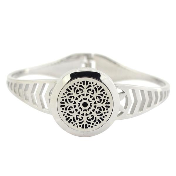 Hot sale fashion twist diffuser locket bangle silver 316l stainless steel perfume locket bangle aromatherapy diffuser lcoket bangles