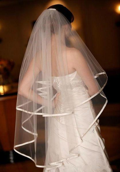 New Romantic In Stock Satin Edge With Comb 2T Lvory White Wedding Veil Fingertip Bridal Ve