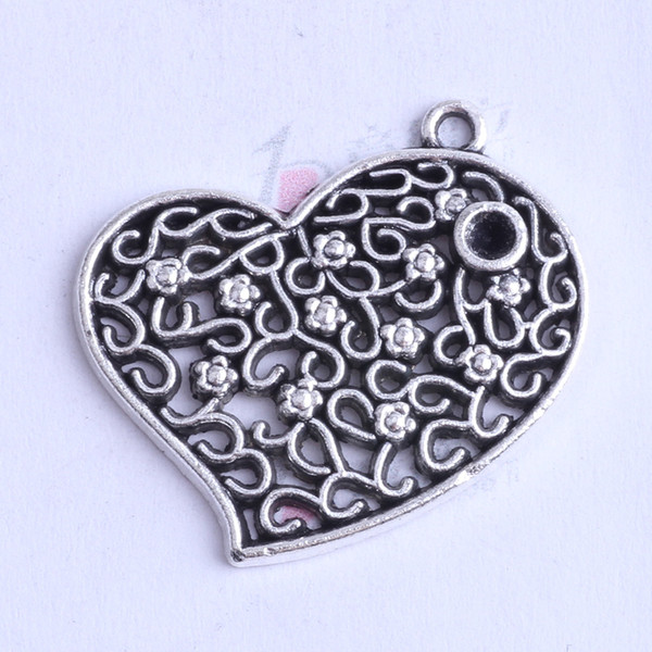 25 pcs Antiqued Silver Metal Hollowed Half Moon Pendant 26x21mm Craft Findings