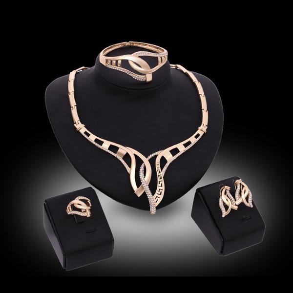 Brazaletes Collares Aretes Anillos Conjuntos de joyería Moda Mujer Rhinestone 18K Chapado en oro Joyería geométrica del partido Juego de 4 piezas al por mayor JS153