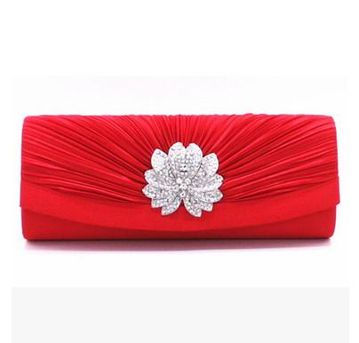 red women clutches