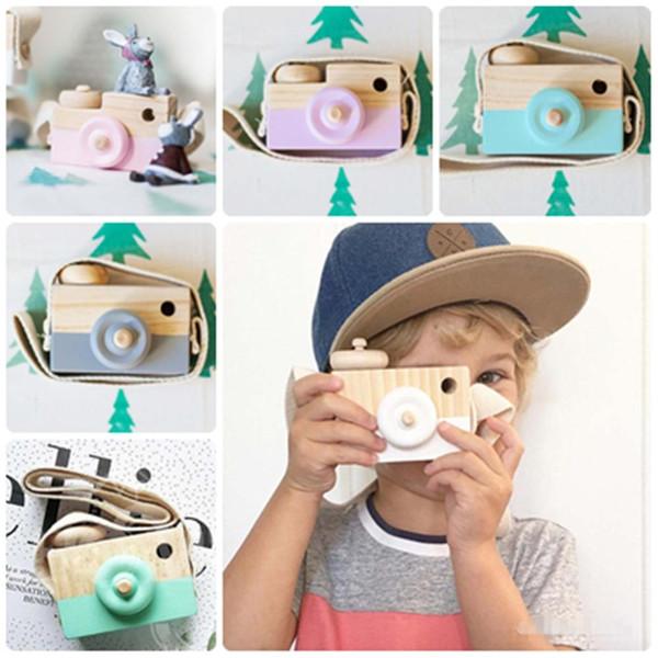 Venta al por mayor- Mini juguetes de madera lindos de la cámara Juguete natural seguro para los niños del bebé Ropa de la manera Accesorios Juguetes Cumpleaños Navidad Regalos de Navidad