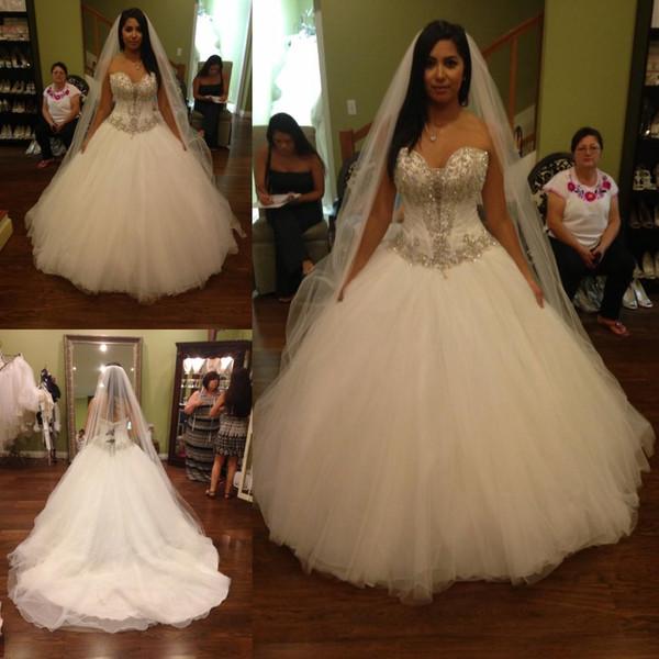 2018 Vestido De Noiva vestido de bola blanco de tul vestidos de novia con cuentas de cristal victoriano nuevo corsé largo vestidos de novia