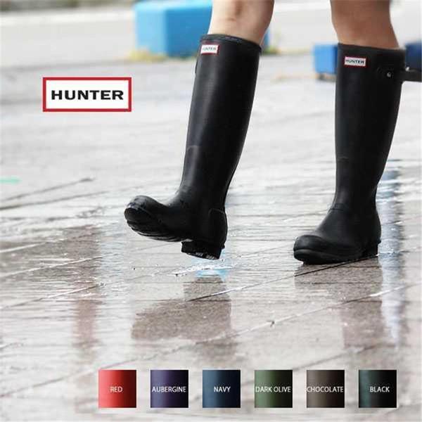 6ab92c69458 2019 2016 Wholesale Hunter Women'S Bota Original Tour Refined Tall Gloss  Matte Black Knee High Stripe Waterproof Rubber Rain Boots Footwear From ...