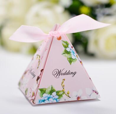 100 Pcs European style pink purple blue 3 colors Pearl paper triangle pyramid Wedding box Candy Box gift boxs wedding favour boxes THZ187