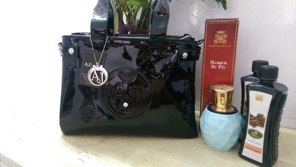 Freies verschiffen berühmte designer Europa und die Vereinigten Staaten mode lackleder helle gesicht damen große kapazität handtasche 080 #