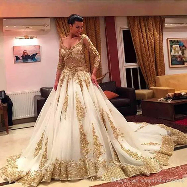 Afrikanische Traditionelle 2017 Brautkleider Gold Applique Perlen Formale Long Sleeves Brautkleider Organza Sweep Zug Arabisch Vestidos