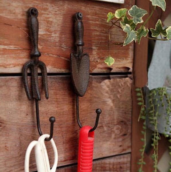 2 Sets/4 Pieces Cast Iron Wall Hook Spade Shovel and Fork Shape Vintage Decorative Garden Hanger Hooks Rustic Brown Metal Key Holder Antique
