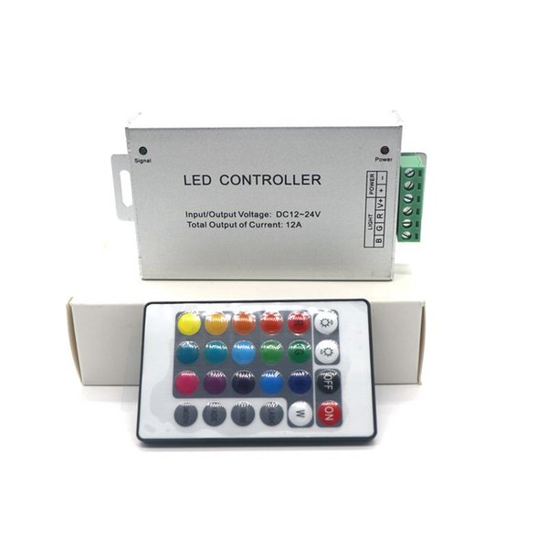 Brand New 12A DC12-24V RF Wireless 24keys Remote Controller Led RGB per Luci / Modulo striscia di RGB LED