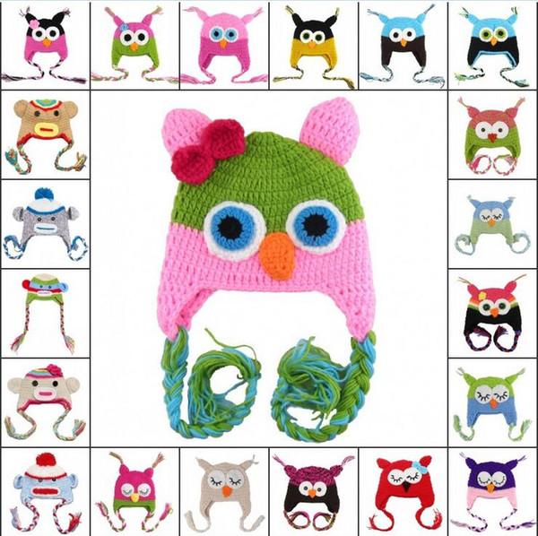 Mezclar 32 colores sombreros de bebé Halloween Christmas Beanies Niños invierno búho de dibujos animados mono Lana crochet sombreros Niños hechos a mano gorros de punto caliente