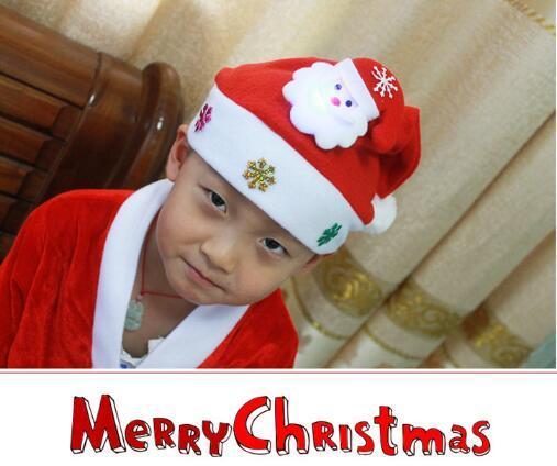 2017 lovely Kids Chirstmas natal Santa Claus Reindeer Snowman Snowflakes Hats adornos navidad 2016 kerst Hat For Children new Year Gift