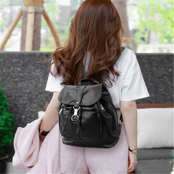 2017 Early Summer New Korean Fashion Handbags High Quality Brands Solid Black Leather Travel Big Backpack