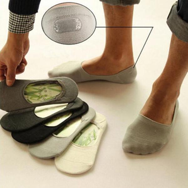 Großhandels- NEUES 1 Paar Männer-beiläufiges Bambusfaser-Boots-Socken-rutschfeste Silikon-unsichtbare Knöchelsocken-Sommer-Art