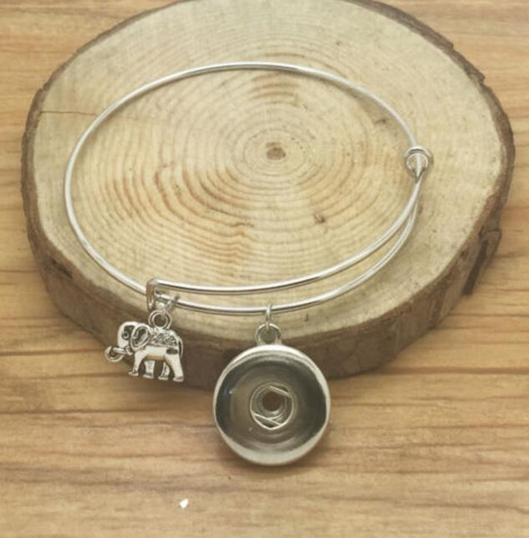 Vintage Silver Snaps Button Elefant Musical Notes Pferd Baum Engel Zahn Knoten Charms erweiterbar Armband Armreifen 12pcs Frauen Schmuck Z32