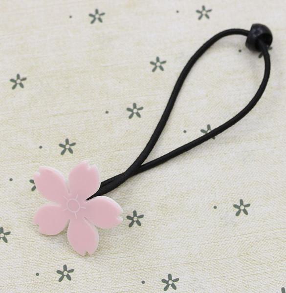 einzelne Kirschblüte Seil