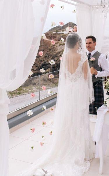 New Top Qualityr Cheap Best Sale Chapel White Ivory Lace Applique veil Mantilla Bridal Head Pieces For Wedding Dresses