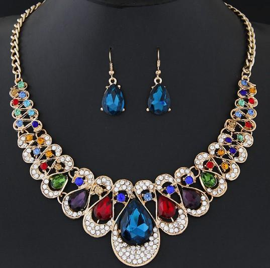 best selling New Red Blue Black Champagne Transparent Colors Luxurious Earring Necklace Set Blingbling Stone Necklaces Women Fashion Party Dinner Jewelry