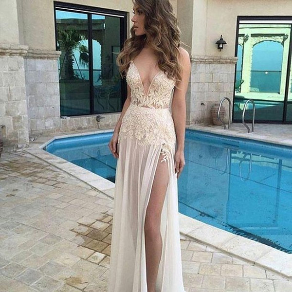 High Slit Evening Dresses Sexy Chiffon Cream Color Plunge V Neck Lace Appliques Illusion Prom Gowns New Arrival Cutaway Sides Dress