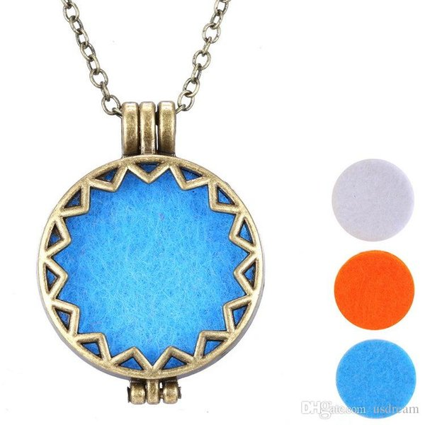 Bronze Hollow Aromatherapy locket perfume essential oil diffuser necklace necklaces with cotton cushion DIY jewelry for women 161527