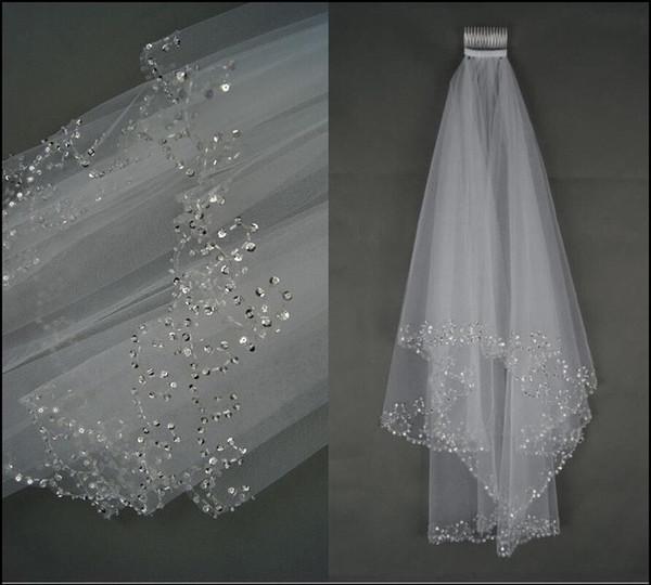 Vente chaude 100% New Ivory / White 2 Couches Perlées Bord Perles Paillettes De Mariée Voile De Mariée Avec Peigne