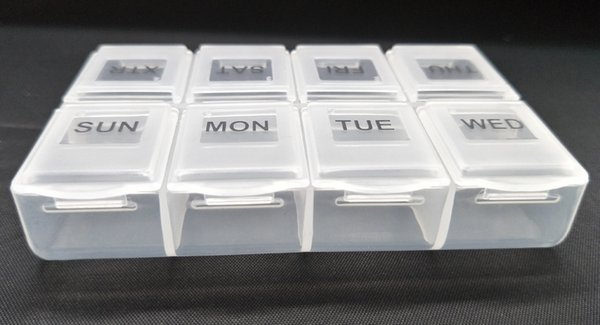 2019 New Health Care Medicine Pill Box rectangle Sort Vitamin 8 Day Weekly Holder Tablet Storage Case Container Cases Travel promotion