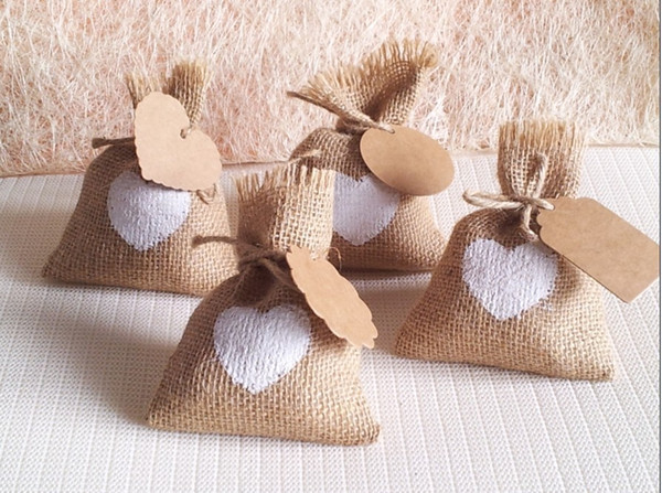 White Heart Wedding Candy Bag With Diy Kraft Tag Burlap Pouch Burlap Sack Rustic Jute Bag For Any Party Decorations 10x14cm Personalized Wedding