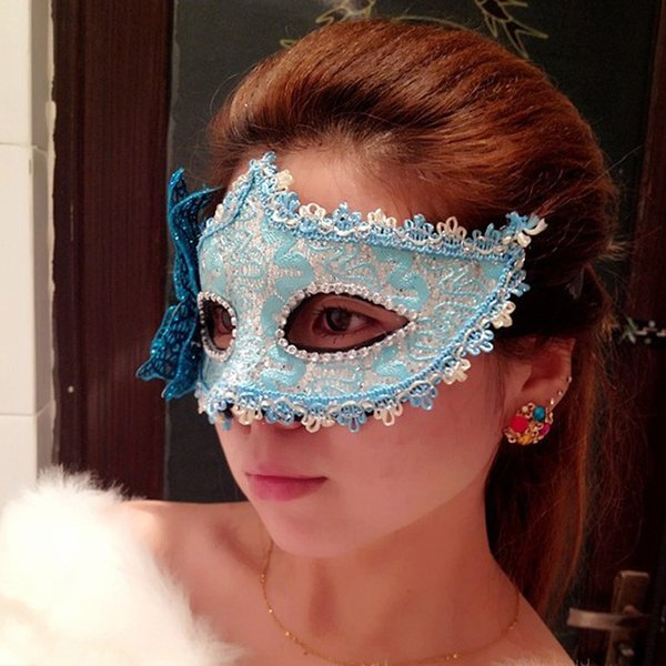 The butterfly light fluffy mask children's day Christmas, Halloween costume party mask wholesale and retail