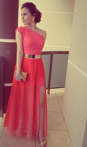 2019 Vestidos nuevos Vestidos de color coral Vestidos Formales Más vendidos Encaje Un hombro Lado Cinturón de oro Formal Vestidos largos de noche 378