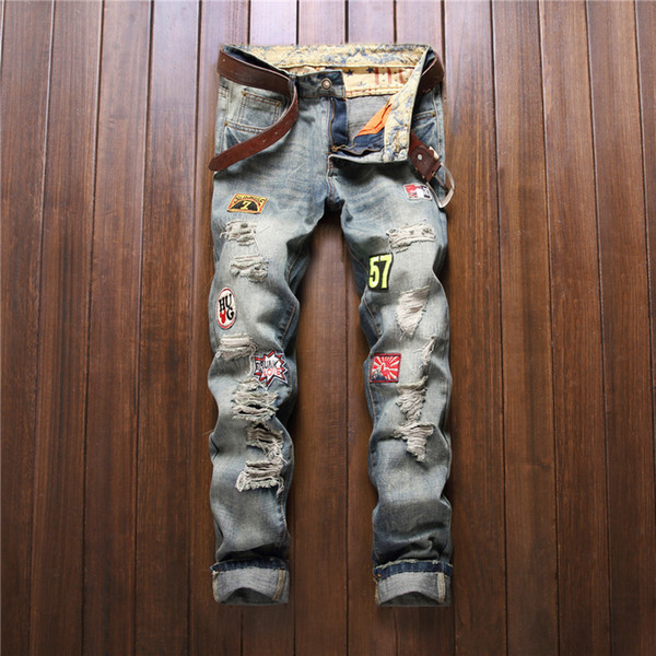 Wholesale-New Arrival Mens American Style Patched Badge Jeans With Hole Ripped Destroyed Vintage Washed Frayed Blue Denim Jeans For Men
