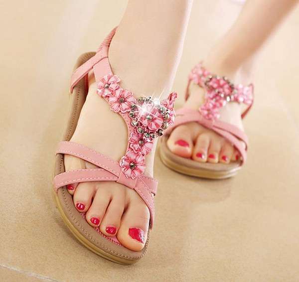 Plus Size 40 41 Chic T Strap Flower Crystal Rhinestone Sandals Flat Shoes Women Summer Fashion Beach Sandals
