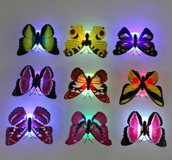 Creativo encantador de cambio de color de ABS Luces de la noche de la mariposa LED de la lámpara Hermosa decorativo de la pared luces nocturnas aleatoria 10PCS