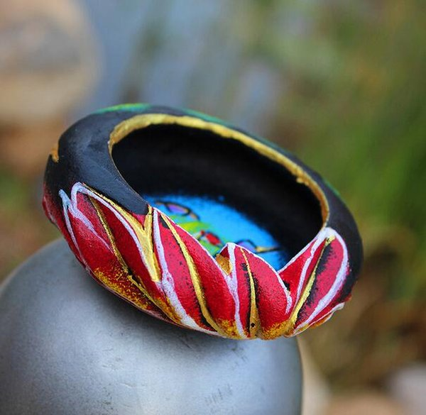 Chinese style Yunnan black ethnic customs Pottery Ashtray Dongba process pure hand-painted creative gifts free shupping