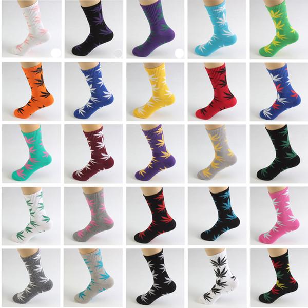 50 couleurs haute chaussettes hiphop Skateboard Skateboard Feuille Maple Leaves chaussettes Bas en coton unisexe Plantlife Chaussettes 1 lot = 2pc = 1 paire