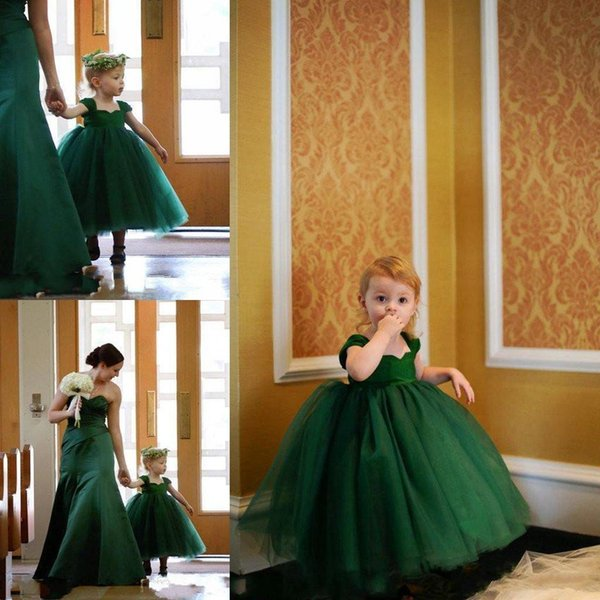 Lovely Little Baby flower Girls Dresses for Weddings Emerald Green Cap Sleeves Tea Length Layered Ball Gown First Communion Dress