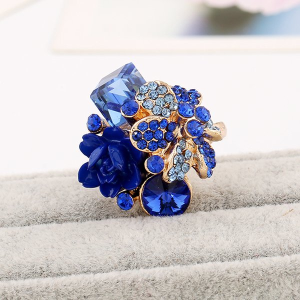 Anillo de flor púrpura para las mujeres venta caliente anillo de fiesta de moda de cristal joyería colorida resina de moda anillo ajustable de las mujeres