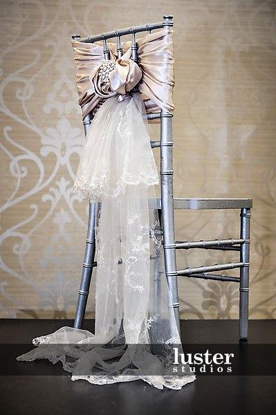 2016 Lace Taffeta Wedding Chair Sashes Vintage Romantic Pearls Chair Covers Floral Wedding Supplies Luxurious Wedding Accessories 02