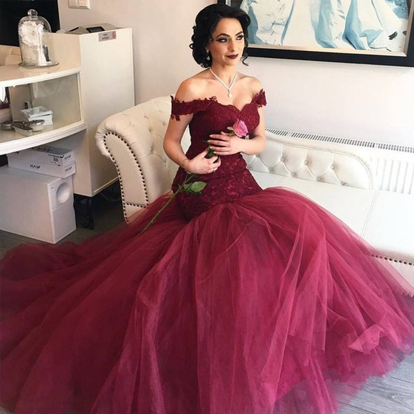 Burgundy Mermaid Prom Dresses Off The Shoulder Lace Appliques Tutu Tulle Bridal Guest Dress Sweep Train Layers Back Zipper Evening Gowns