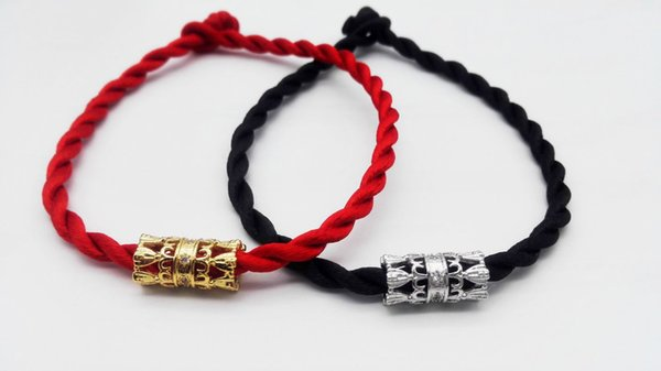 Wholesale Fashion Style Diamond Hollow Pattern Bracelet Hand
