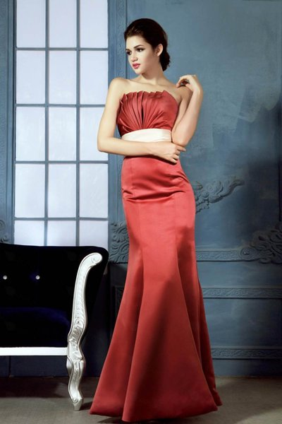 2018 New Designer Orange Straight Neckline Satin Popular junior bridesmaid dress evening dress Bridal party dress Prom gown