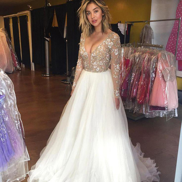 Long Sleeves Floor Length Sexy V-neckline A-line Prom Dress See Through Top Lace Beads Long Prom Party Dress Robe de Soiree Evening Gowns