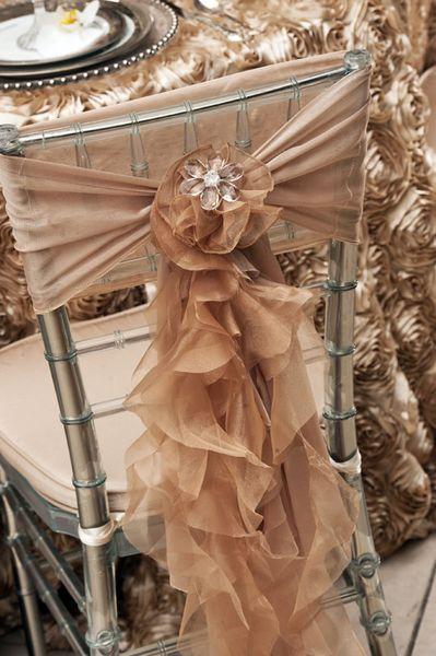 2016 Organza Ruffles Wedding Chair Sashes Vintage Romantic Chiffon Chair Covers Floral Wedding Supplies Luxurious Wedding Accessories 02