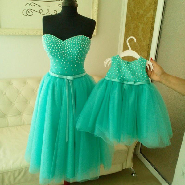 Real Image 2016 Hunter Green Tulle Mother And Daughter Matching Prom Dresses Cheap Sweetheart Pearls Bow Sash Short Formal Dress EN7156