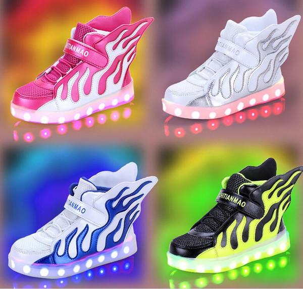 2017 Nouveaux enfants USB chaussures de chargement LED lumière émettant de la lumière chaussure garçon authentique flamme ailes filles haute aide chaussures