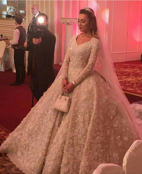 New Arrival Luxurious V Neck Lace Wedding Dresses Long Sleeve Muslim  Wedding Gowns Flowers Appliques Bridal Gowns Gold Wedding Dresses Indian  Wedding