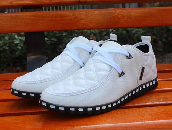 The spring and autumn men casual shoes men British brogue ventilating shoes business men's shoes soft bottom drive