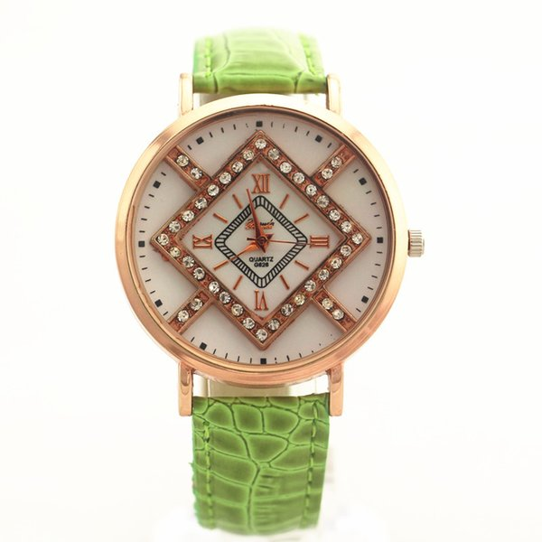 Free shipping!PVC leather band,gold plate alloy round case,crystal deco under glass,Gerryda fashion woman lady quartz watches,626